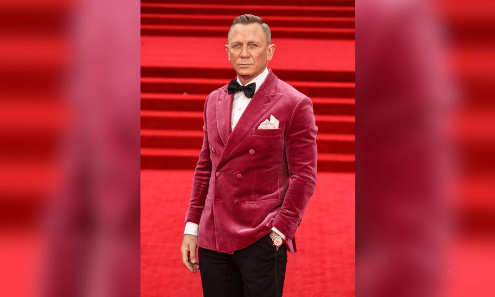 Daniel Craig Gets Hollywood Walk Of Fame Star